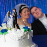 bride-groom-wedding-cake